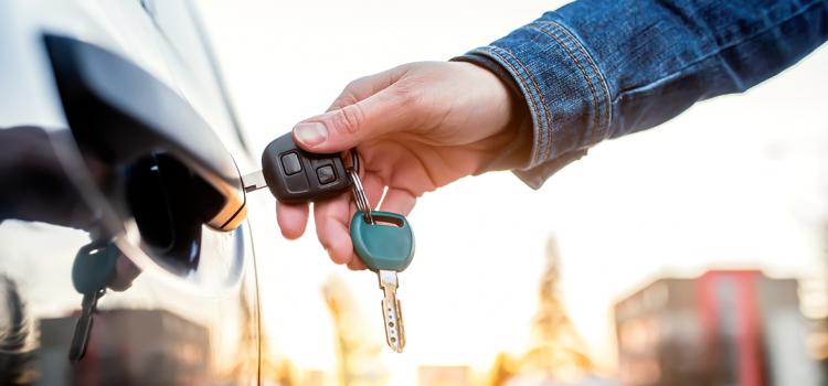 Ετοιμάζεσαι να πουλήσεις το όχημα σου, αλλά λήγει η ασφάλεια του;
